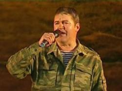 Listen to Валерий Петряев Ровесник song online from Military songs collection for free.