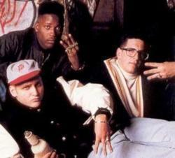 Listen to 3Rd Bass Pop Goes The Weasel song online from Rap Hits collection for free.