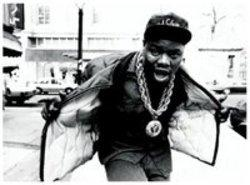 Listen to Biz Markie Nobody Beats The Biz song online from Rap Hits collection for free.