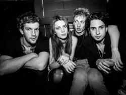 Listen to Wolf Alice Don't Delete The Kisses song online from Best Summer Songs collection for free.