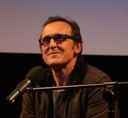 Besides Velvet music, we recommend you to listen online Alberto Iglesias songs.