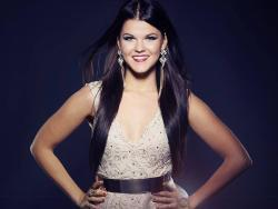 Listen Saara Aalto best songs online for free.