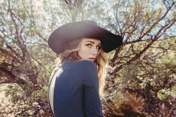 Besides Mahalia music, we recommend you to listen online Zella Day songs.