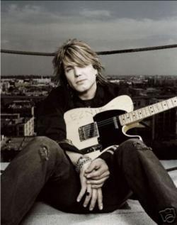 Listen John Rzeznik best songs online for free.