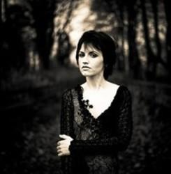 Besides Nadia music, we recommend you to listen online Dolores O'Riordan songs.