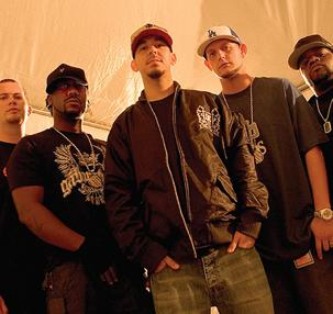 Besides Kingston Trio music, we recommend you to listen online Fort Minor songs.